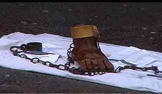 http://www.madinin-art.net/images/esclavage-guada-325.jpg
