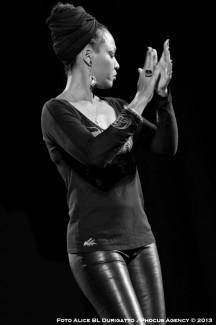 Lisa Simone1